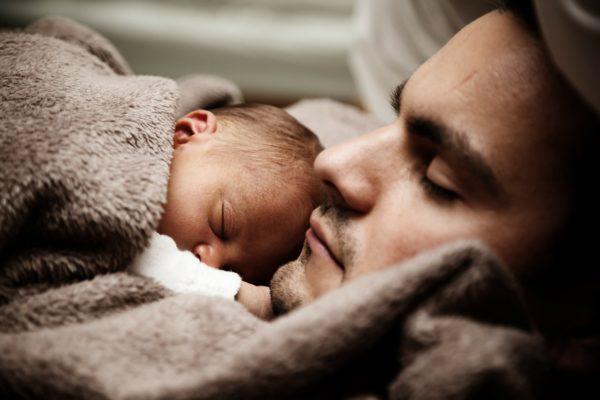 Tosse del neonato : sintomi e cause