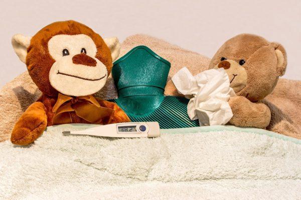 Febbre alta bambini : quasi sono le cause?