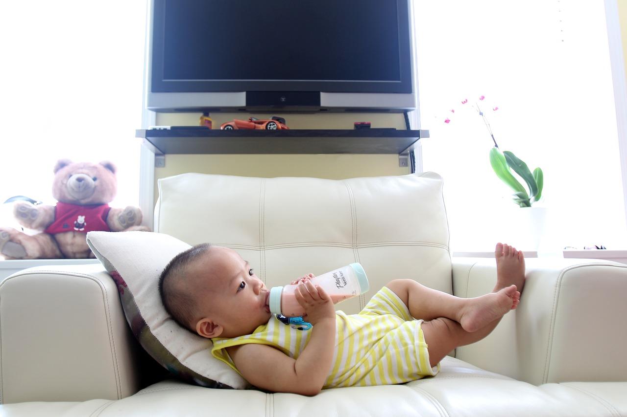 Quali sono le cause del raffreddore del neonato ?