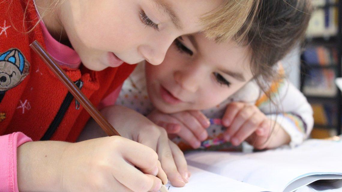 4 consigli per migliorare la postura del tuo bambino