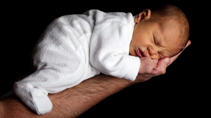 Stitichezza neonato : cosa fare?
