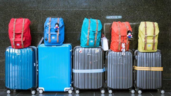Insegnare ai bambini a fare la valigia