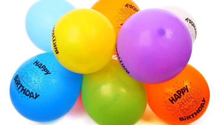 Come organizzare feste tramite social?