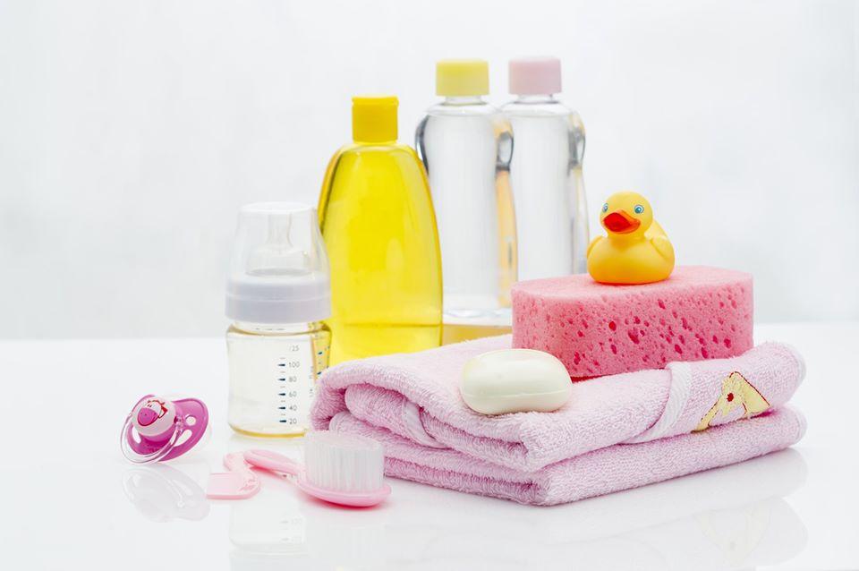 Set bagnetto neonato: cosa non può mancare?